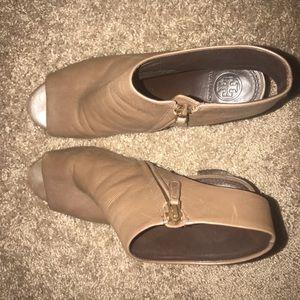 c041739d3aa8 Tory Burch Shoes - Tory Burch JONES CUT-OUT BOOTIE Bistro Brown
